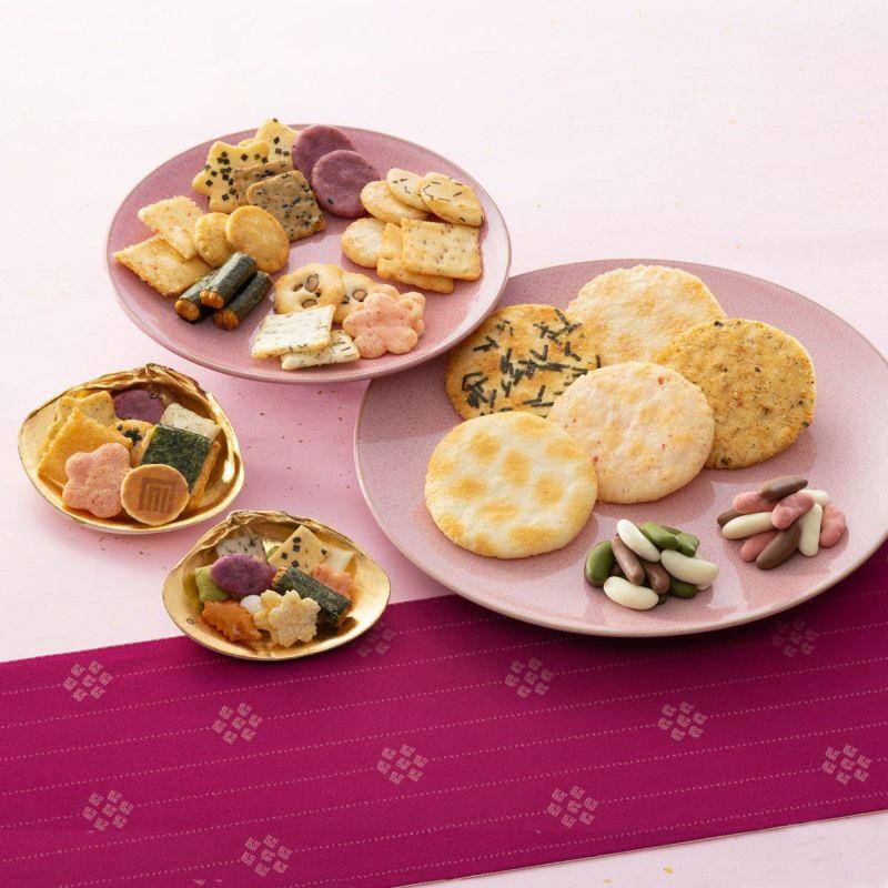 人気銘菓3種と限定チョコあられ入り「風花つづり」